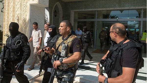 Tunus'ta otel saldırganlarının bazıları yakalandı