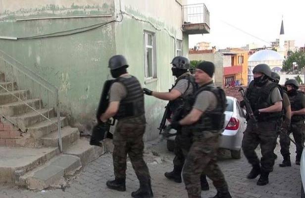 İzmir'de IŞİD operasyonu : 7 gözaltı