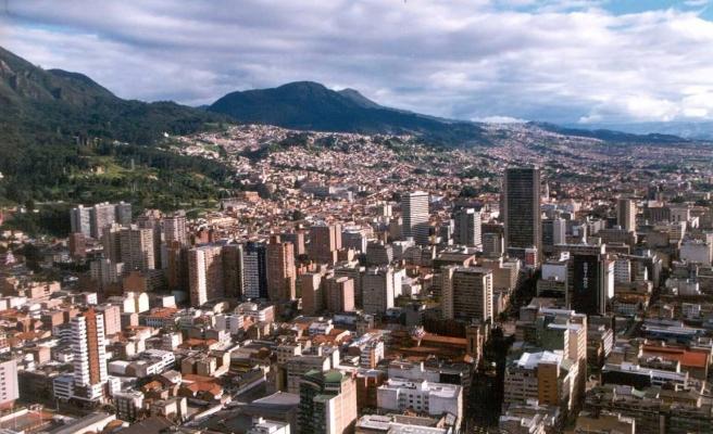 Kolombiya'da ardarda iki bombalı saldırı