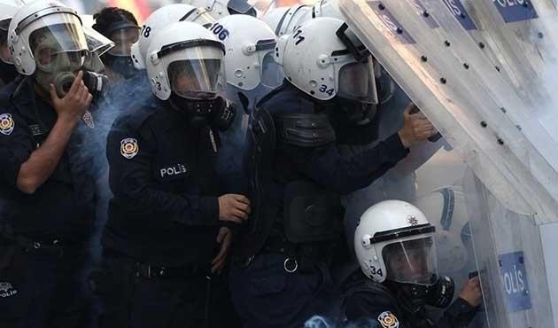 Şırnak'ta müdahale eden polise saldırı