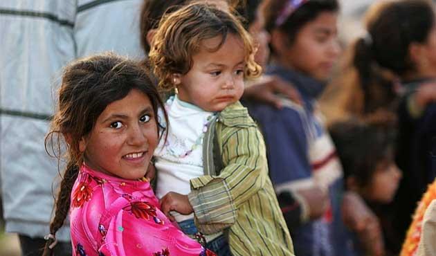 Irak'ta sıcak havalar sığınmacı çocukları vuruyor