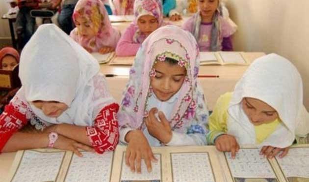 Kırgızistan'da kızlara özel Kur'an Kursu