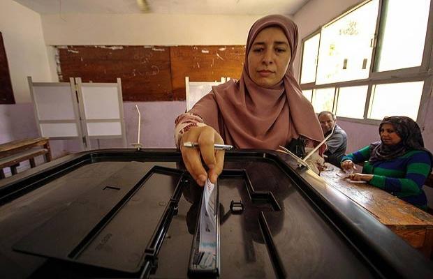 Mısır'da darbeden sonra ilk genel seçim Ekim'de