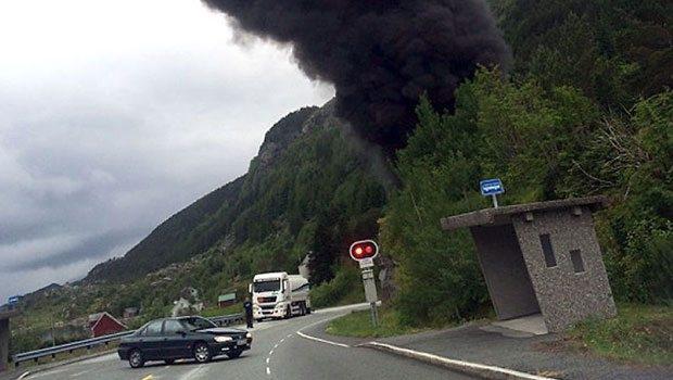 Norveç'te petrol tankeri patladı