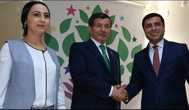 Ak Parti'de ilk turun en uzun görüşmesi HDP ile...