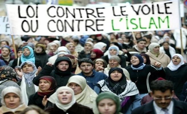 Fransa'da Müslümanlara saldırı 4 kat arttı