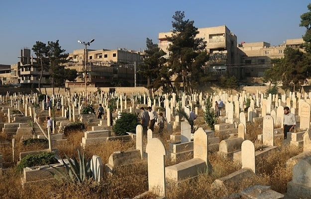 Suriye'de savaşın gölgesinde bayram