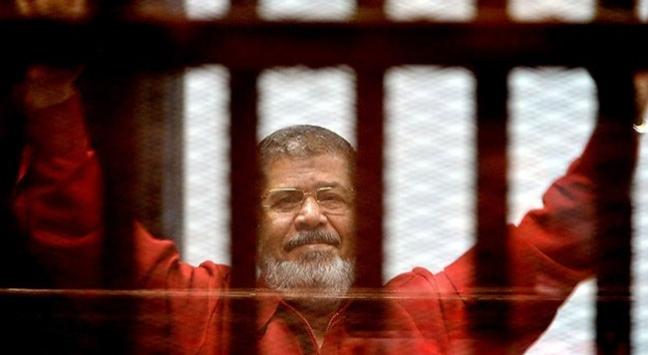 Mursi'nin duruşması 1 Ekim'e ertelendi