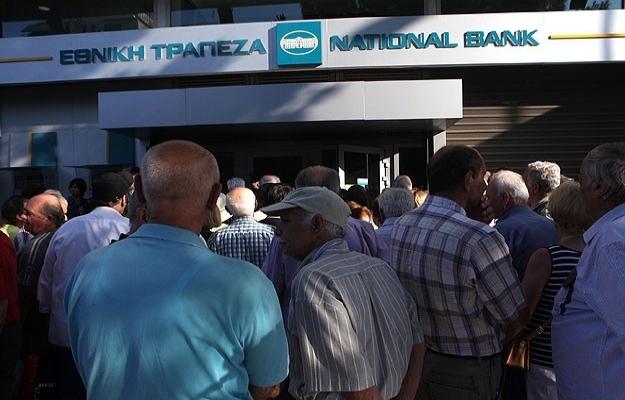 Yunanistan'da bankalar 20 Temmuz'da açılıyor