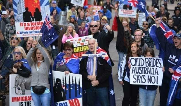 Avustralya'da İslam karşıtı gösteriler bugün de sürdü