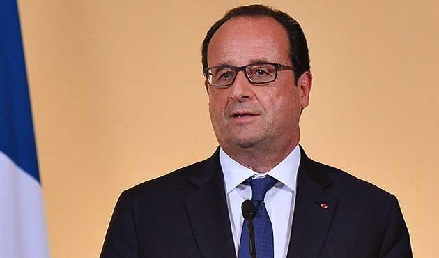 Hollande, 'Avro bölgesi hükümeti'nde ısrarlı