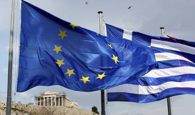 Yunanistan'da reformun ilk adımı KDV'ye zam