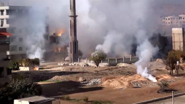 Suriye ordusu Şam banliyösüne zehirli gazla saldırdı