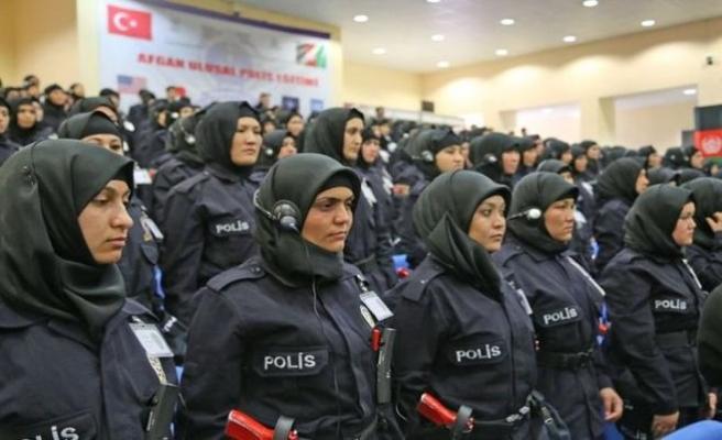 Afgan kadın polisler Sivas'ta