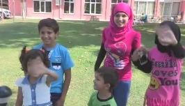 Darp edilen Suriyeli çocuğun tatil tesellisi