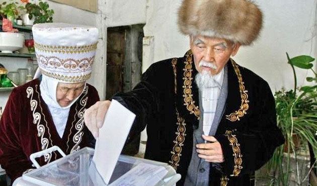 Kırgızistan seçimleri Ekim'de