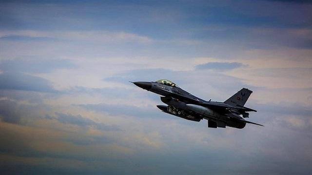 Türk jetleri aynı anda PKK ve IŞİD'i vurdu