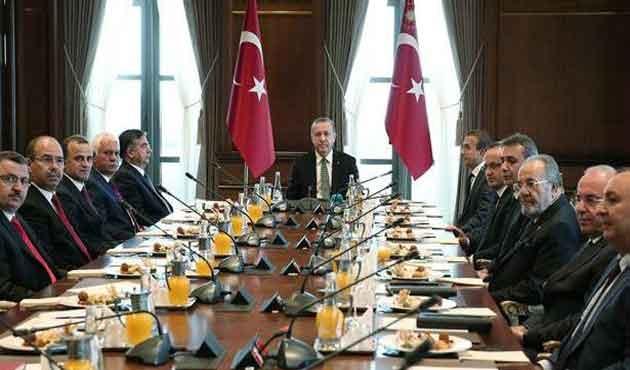 CHP ve HDP'li üyeler Saray'a çıkmadı