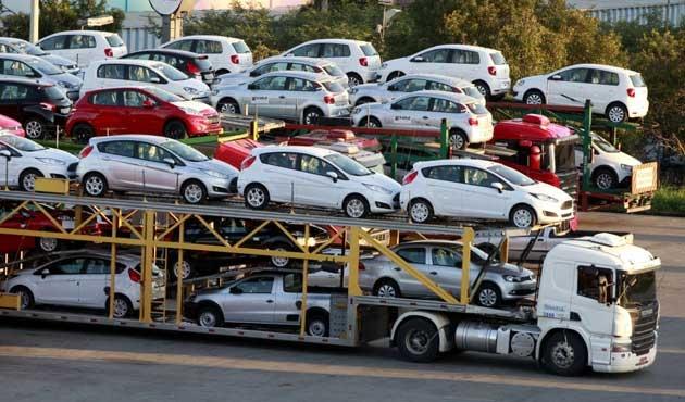Kazakistan'da ithal otomobillerin fiyatında büyük düşüş