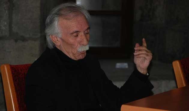 Yazar Emir Kalkan vefat etti