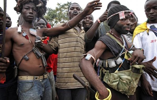 Orta Afrika'da Müslümanlar din değiştirmeye zorlanıyor