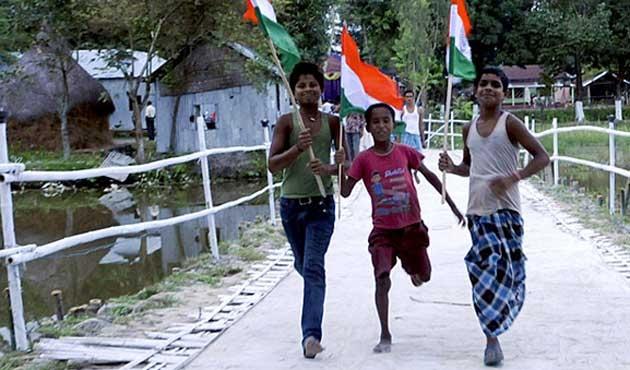 Bangladeş ve Hindistan arasında ada takası