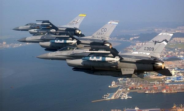 ABD, Mısır'a 8 adet F-16 savaş uçağı teslim ediyor