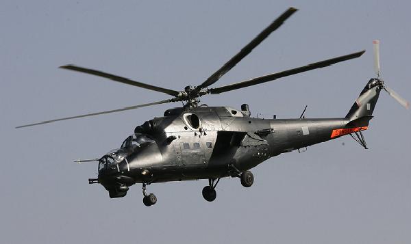 Libya'da askeri helikopter düştü: 8 ölü
