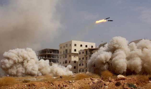 Halep'te rejim güçleri iki beldeyi geri aldı