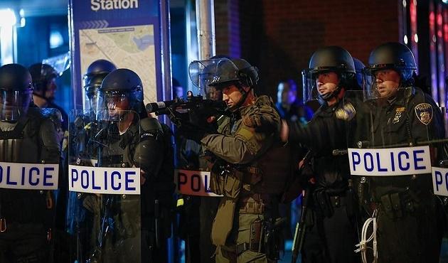 ABD'de silahlı saldırı: 14 kişi öldü