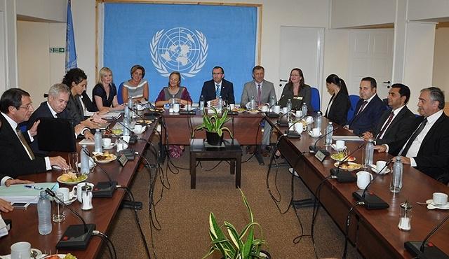 Kıbrıs müzakerelerinde diplomasi saati