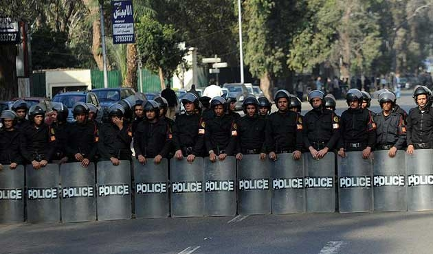 Mısır'da İhvan'ın partisinin bazı merkezlerine el konuldu