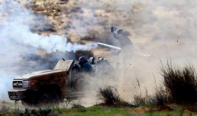 Libya'da bakan kaçırıldı, çatışmalar çıktı