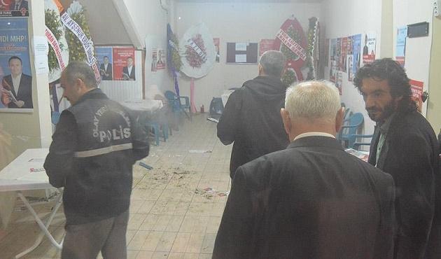 MHP seçim irtibat bürosunda kavga: 2 gözaltı