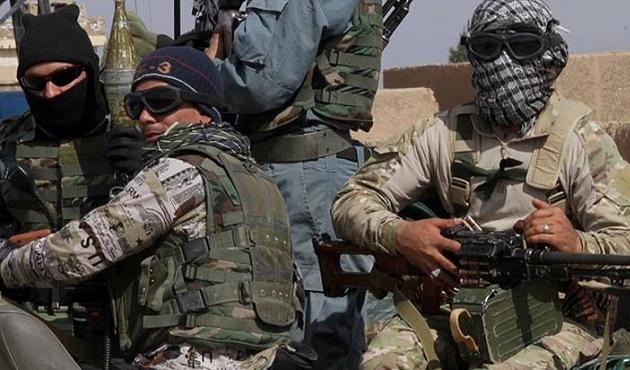 İngiliz askeri Afganistan'da kalmayı sürdürecek
