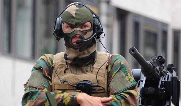 Belçika'daki alarm durumu bugün de korundu