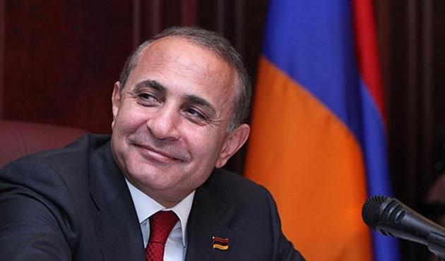 Ermenistan Başbakanı Tacikistan'a gidiyor