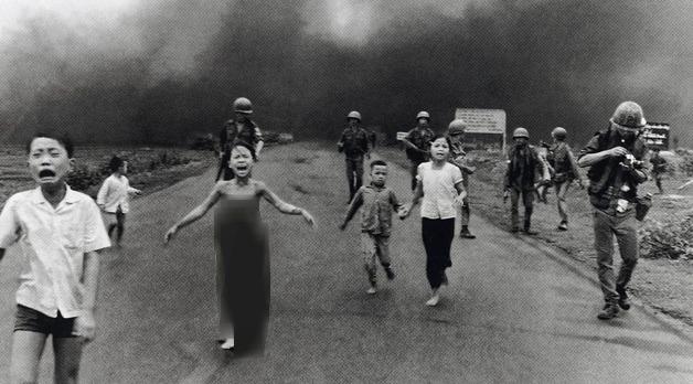 Vietnam Savaşı'nın sembol kızı tedavi oluyor