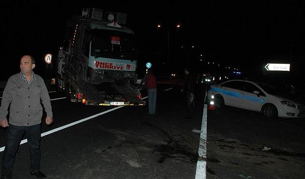 CHP'lileri taşıyan minübüs kaza yaptı: 19 yaralı