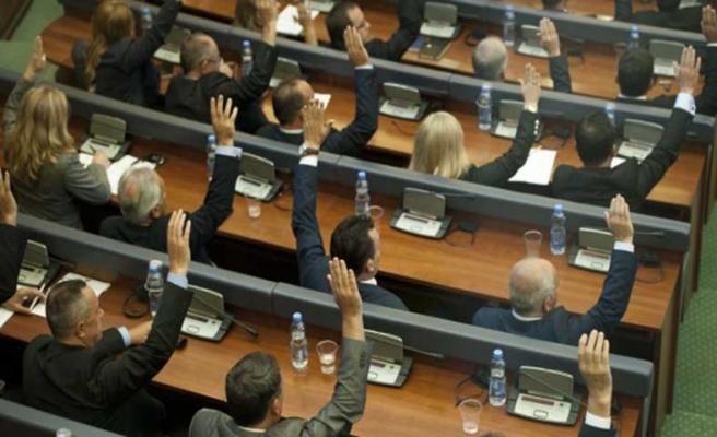 Kosova, muhalefete rağmen AB yolunda