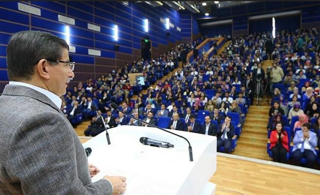 Başbakandan gençlere 'vizesiz AB' vaadi