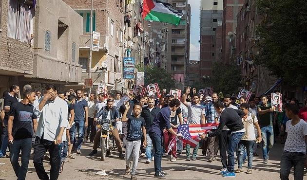 Mısır, yurtdışına çıkışları engelliyor