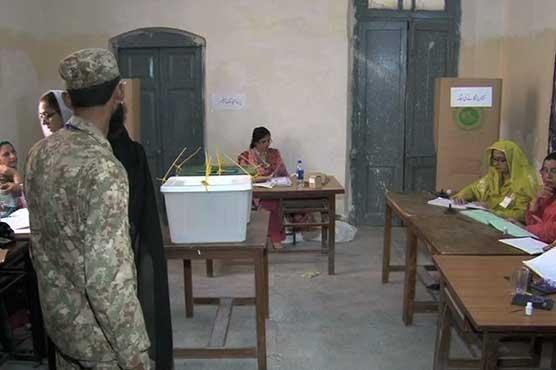 Pakistan'daki yerel seçimlerde ordu görevde
