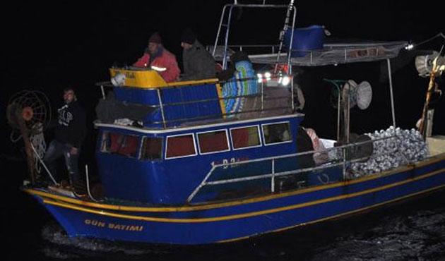Çanakkale'de Göçmen botu battı