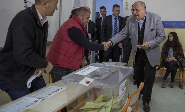 Türkeş'in oy kullandığı sandıktan CHP çıktı