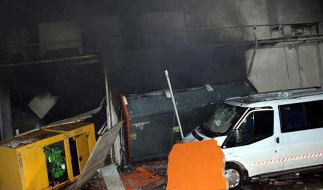 Nusaybin'de markette patlama; bir ölü, 20 yaralı