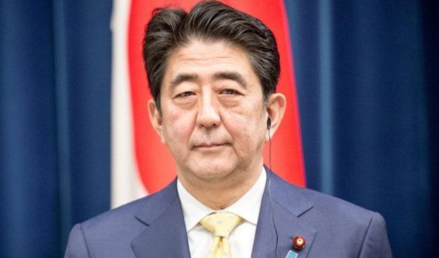 Japonya'da Şinzo Abe yeniden başbakanlığa seçildi