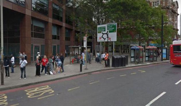 Londra'da otobüste İslamofobik saldırı
