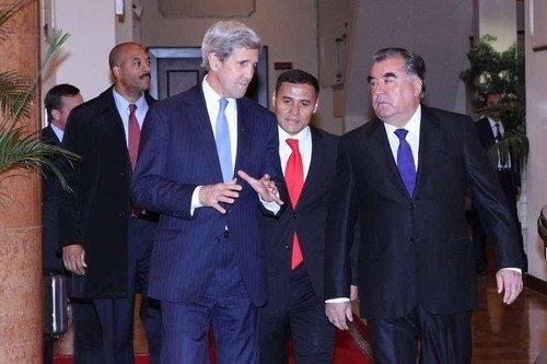 ABD Dışişleri Bakanı Kerry Tacikistan'da