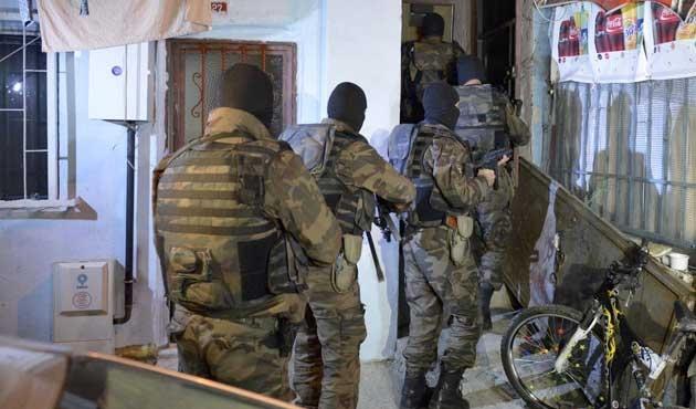 İstanbul'da 500 polisle uyuşturucu operasyonu